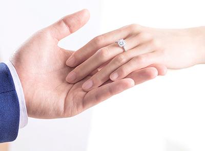 戴瑞珠寶求婚鉆戒