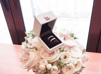 孙耀威微博宣布与陈美诗结束8年恋爱长跑 婚礼在教堂举行